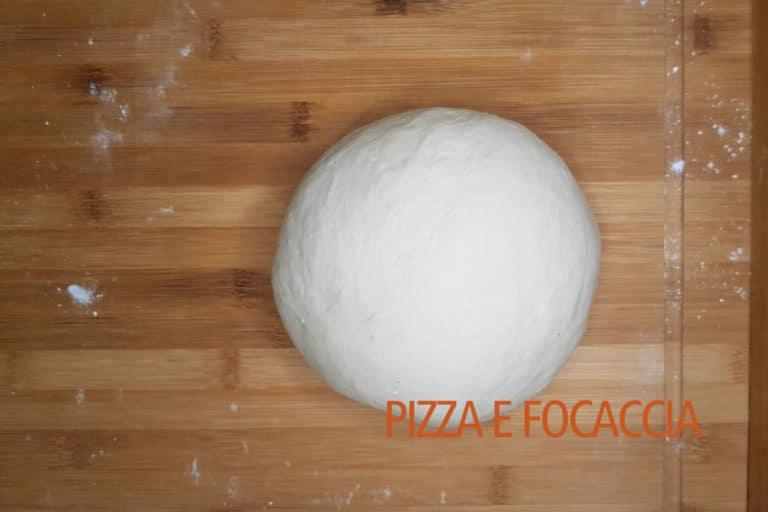 focaccia-genovese-impasto-liscio