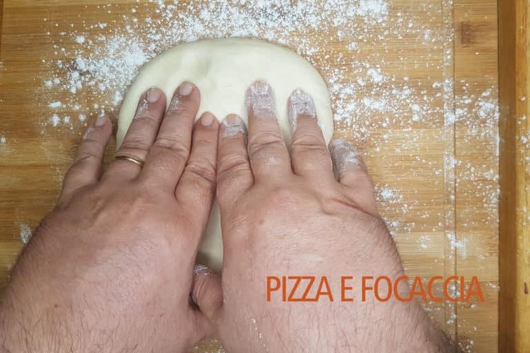 focaccia-genovese-panetto-schiacciato