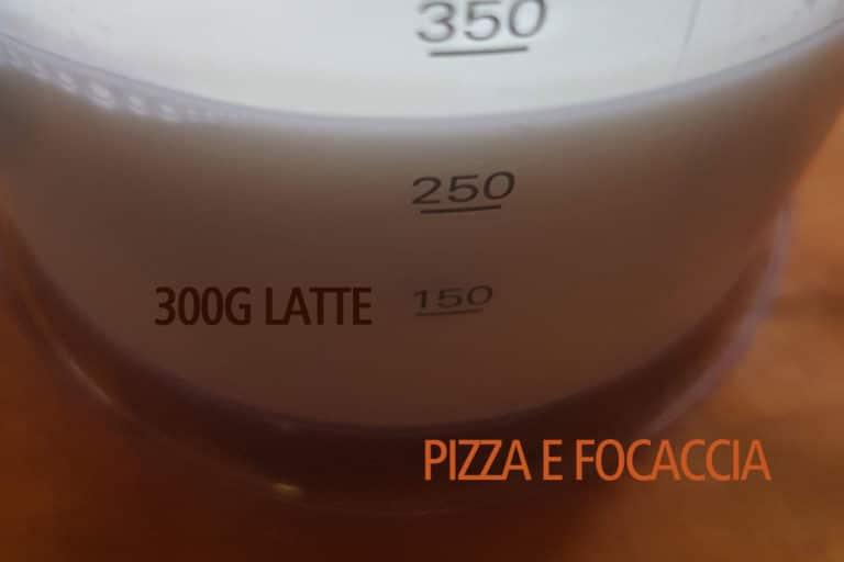 panini-al-latte-300-latte