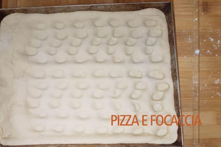 pizza-e-focaccia-foratura-lato
